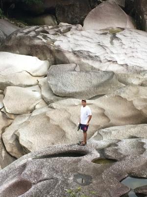 Exploring Babinda Boulders